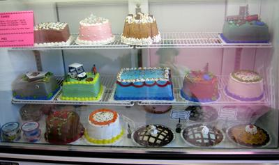 カラフルなケーキ達・・・