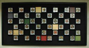 39個の小さな作品を市松模様にデザインしました