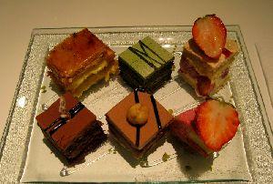 6種類のケーキを味わえます
