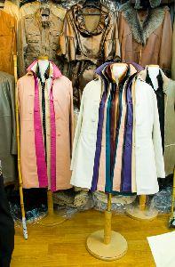 東大門(トンデモン)市場(シジャン)の皮製品のお店です
