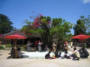 沖縄民謡と伝統の踊り