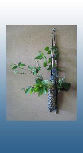 瑠璃玉アザミが美しい夏の生け花