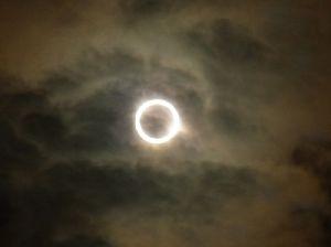 金環日食を携帯で撮影 2012.5.21