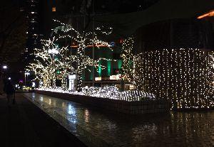 新宿西口のイルミネーション