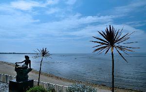 ホテル シーショアー・リゾート大橋禾苗先生のシャドーボックス個展会場に広がる瀬戸内海