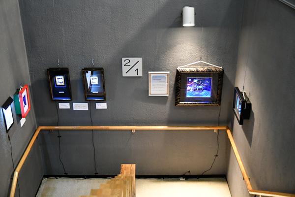 1階と2階の中間の踊り場